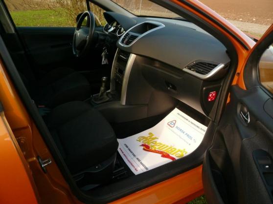 Peugeot 207 1.6 HDI 110 CV - Photo 4