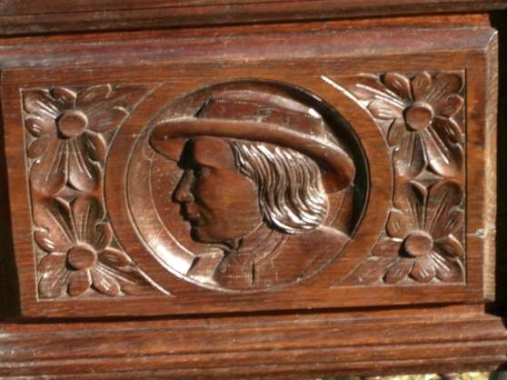 Salle manger bretonne sculpt e briec antiquit art for Salle a manger bretonne