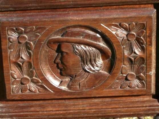 Annonce occasion, vente ou achat 'salle à manger bretonne sculptée'