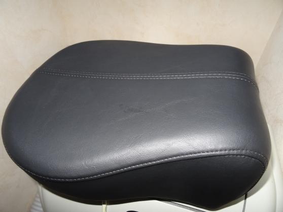 selle pouf passager harley davidson claye souilly moto. Black Bedroom Furniture Sets. Home Design Ideas