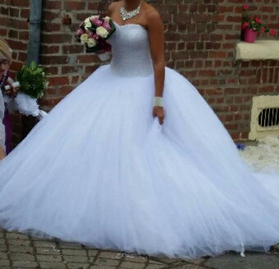 Robe de mariée strass et paillettes lumi