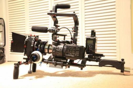 Annonce occasion, vente ou achat 'Sony NEX- FS700U avec capteur 4K neuf'