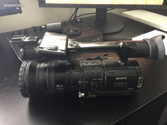 Caméscope type professionnel HDV Sony HV