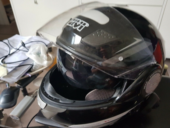 Casque de moto avec sytème bleutooth