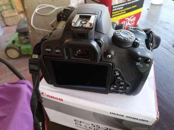 Annonce occasion, vente ou achat 'appareil photo reflex canon EOS 700D'