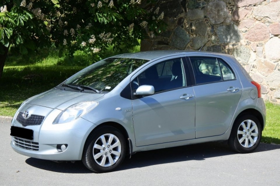 TOYOTA YARIS limited édition