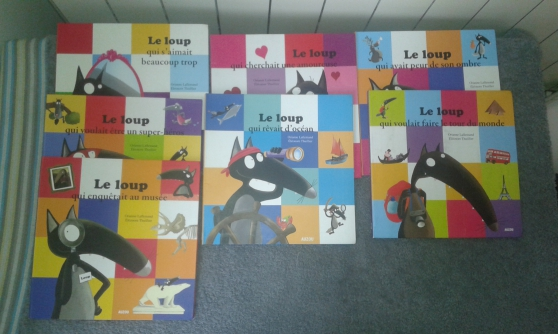 6 LIVRES « Le loup qui...» éd. AUZOU