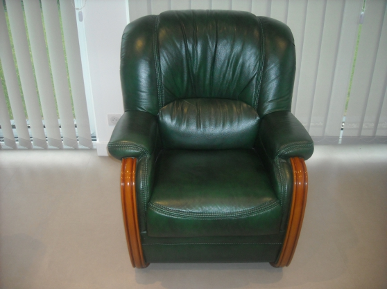 Annonce occasion, vente ou achat 'Fauteuil cuir relax'