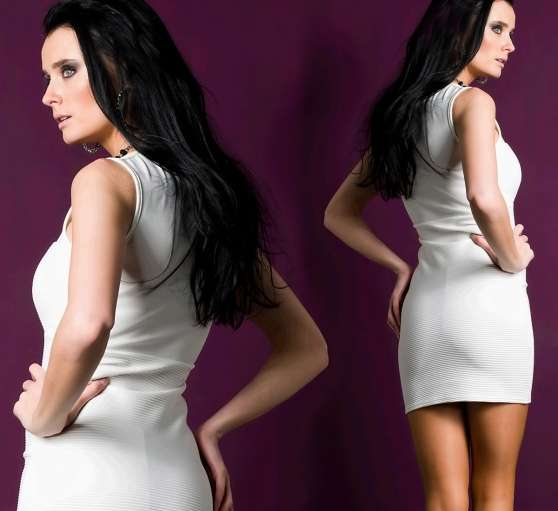 Robe Blanche Moulante Look Cuir - Photo 2