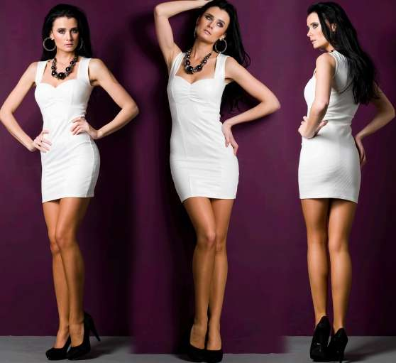 Robe Blanche Moulante Look Cuir - Photo 3