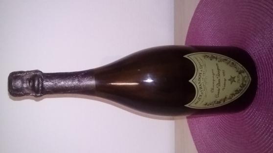 Annonce occasion, vente ou achat 'Vend très belle bouteille de champagne'