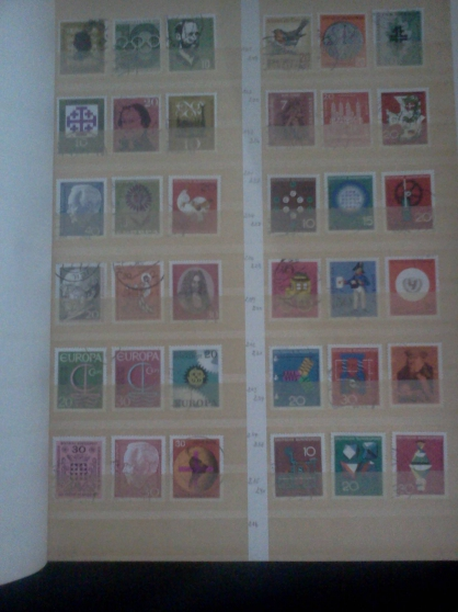 TIMBRES ALLEMAGNE RFA CACHETS RONDS