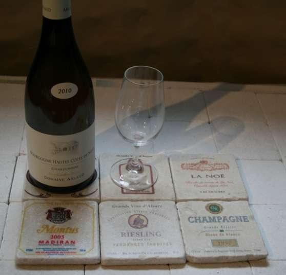 Annonce occasion, vente ou achat 'sous verre en pierre étiquette de vin'