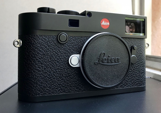 Boitier Leica M10 Noir + Accessoires