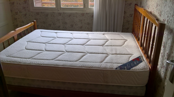 Annonce occasion, vente ou achat 'Chambre à coucher en merisier'