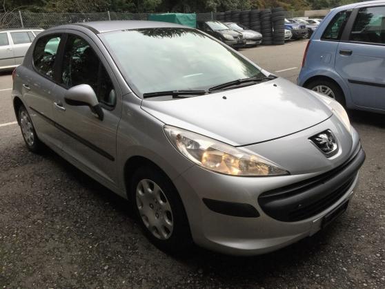 Peugeot 207 1.4 16V XS - Photo 2