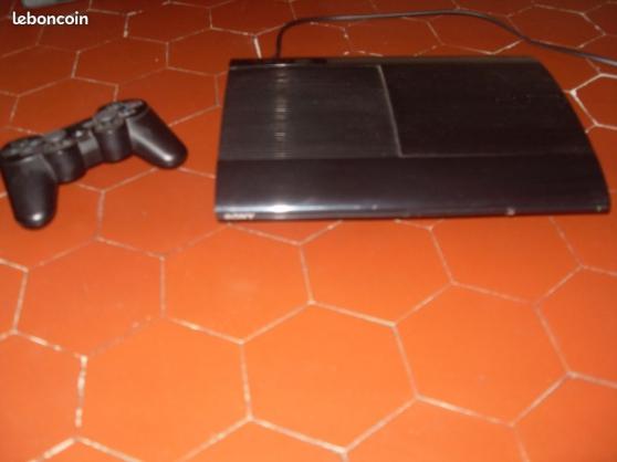 PS3 ULTRA SLIM TRES BON ETAT