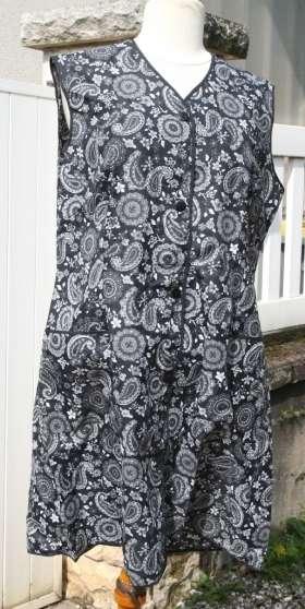 blouse vintage nylon noire gris blanc