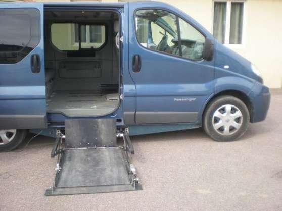 Renault trafic 2 0 dci l1h1 passenger auto renault - Location meuble bourgoin jallieu ...