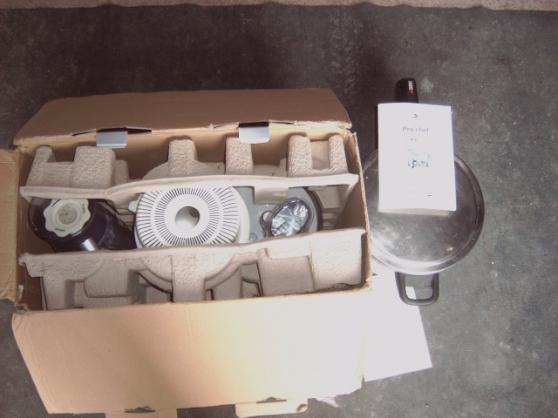 Annonce occasion, vente ou achat 'robot cuisine neuf faire un prix'
