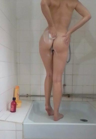 Vente vidéo sous la douche