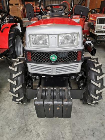 Tracteur et matériel