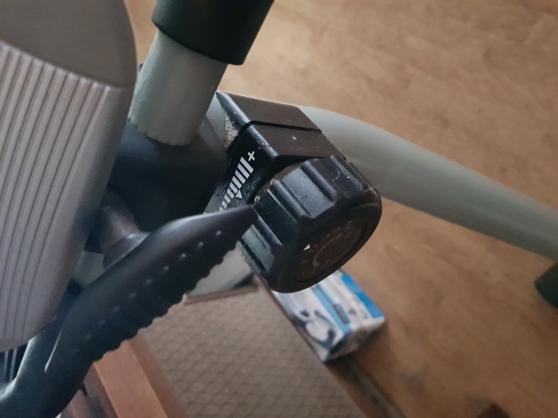 vélo d\'appartement très peu servi état n - Photo 3