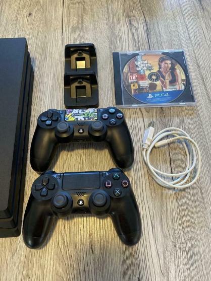 PS4 Pro 1 to + accessoires - Photo 2