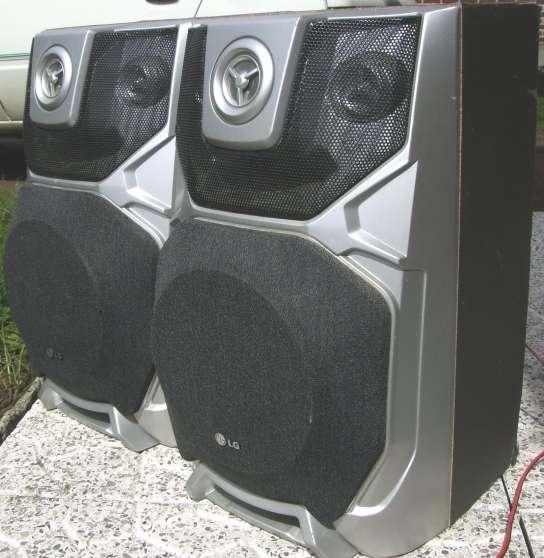 Enceintes Hi-Fi + 2 boomers diam. 20cm