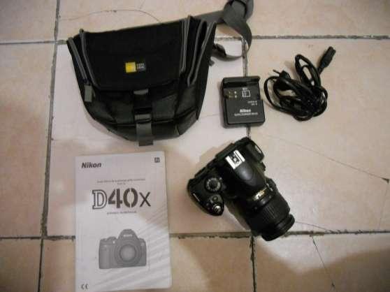 Nikon D40 + objectif 18-55 très bon etat