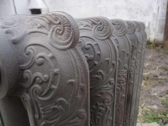vends radiateur type rococo fleuri sculp