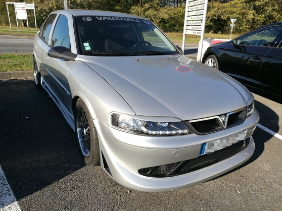 Opel vectra 2l16v