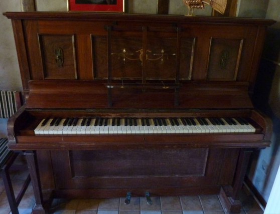 Annonce occasion, vente ou achat 'Piano Bernard Brock (Londres)'