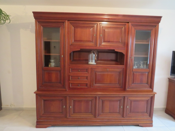 Annonce occasion, vente ou achat 'Grand meuble vaisselier'