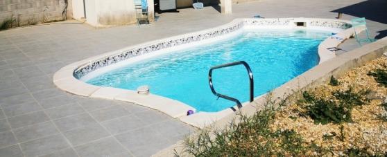 Coque piscine + margelle
