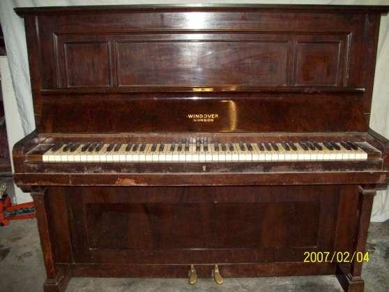 piano droit windover