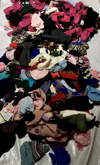Lot 400 articles hiver neuf enfant - Photo 3