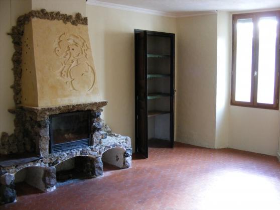 Appartement 3/4 pièces à PUGET-THENIERS - Photo 2