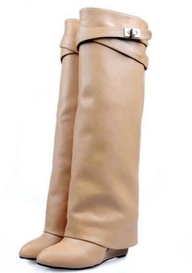 Femmes Givenchy bottes Hermes VÊTEMENTS FEMME BOTTES ET CHAUSSURES à  Aucelon, REFERENCE VÊT,BOT,FEM , PETITE ANNONCE GRATUITE Marche.fr