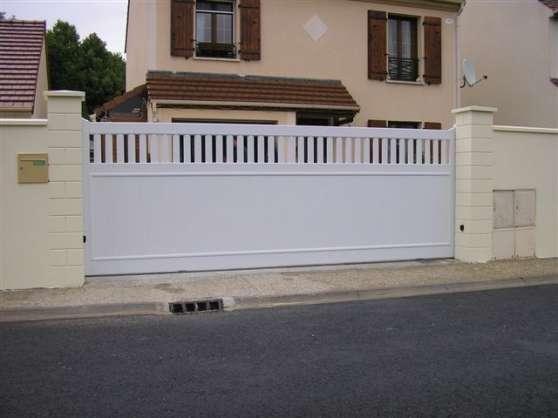 Portail coulissant axo 350x150 jardin nature portail for Petit portail de jardin en pvc