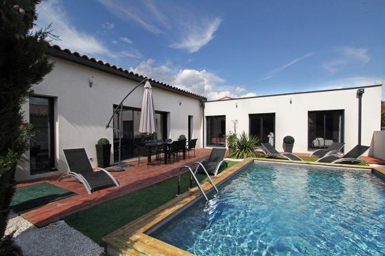Annonce occasion, vente ou achat 'villa contemporaine130m2 terrain piscine'