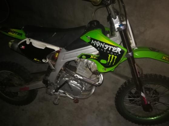 Dirt bike 250cc Tiphoon race capa pro