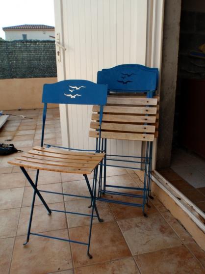 Quatre chaises de jardin vintage