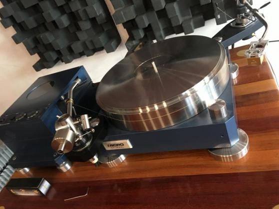Micro Seiki MS-8000 Turntable
