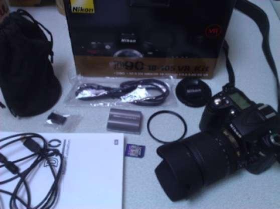 NIKON D90 + Zoom Nikon AF DX 18-105 VR +