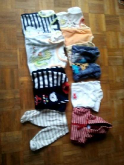 vêtements de naissance + 1 mois