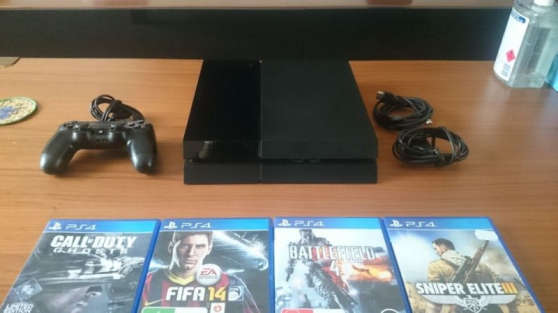 PLAYSTATION 4 PS4 AVEC 4 JEUX