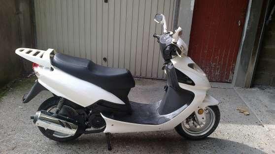 Scooter Blanc 125 Cm3