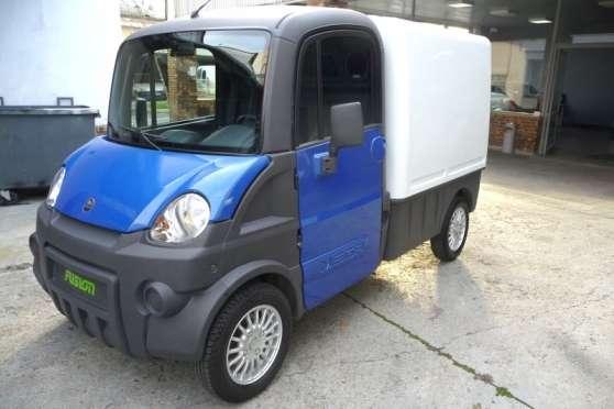 camion mega truck diesel auto voitures sans permis pomponne reference aut voi cam petite. Black Bedroom Furniture Sets. Home Design Ideas