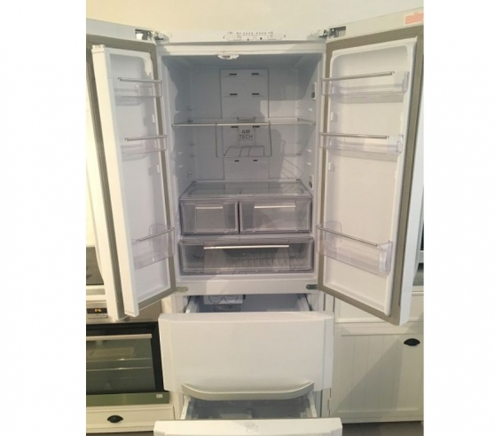 GRAND REFRIGERATEUR CONGELATEUR A+